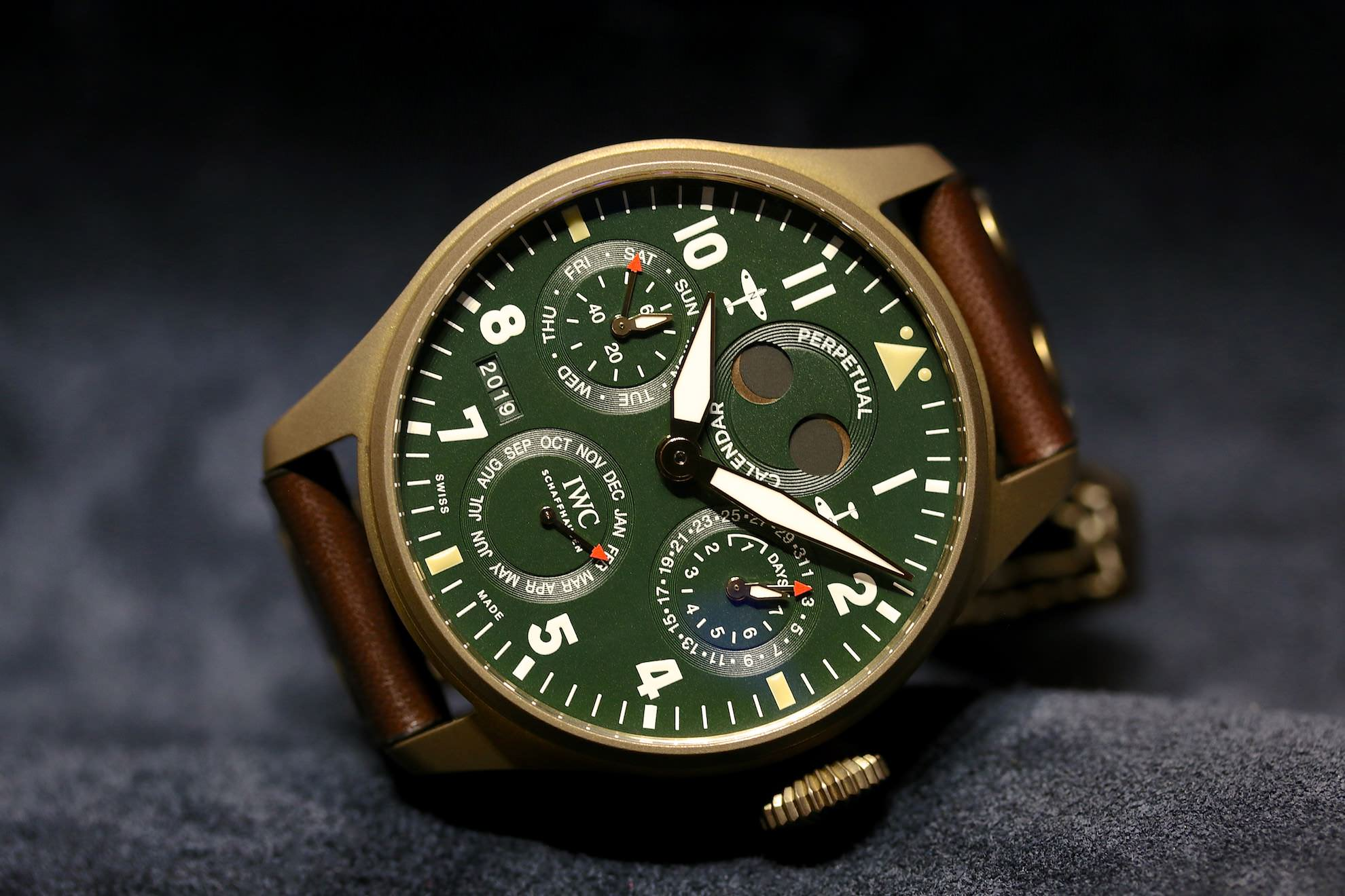 IWC_Big_Pilots_Watch_Perpetual_Calendar_Spitfire_2