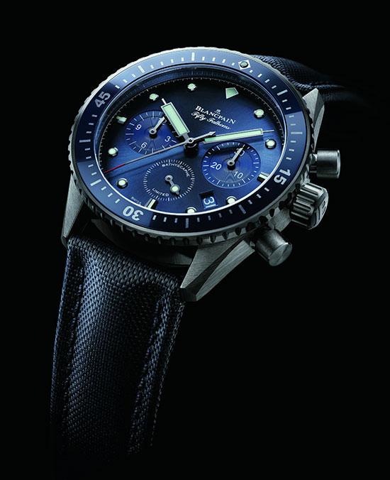 ocean-commitment-bathyscaphe-flyback-chronograph-1-zifferblatt
