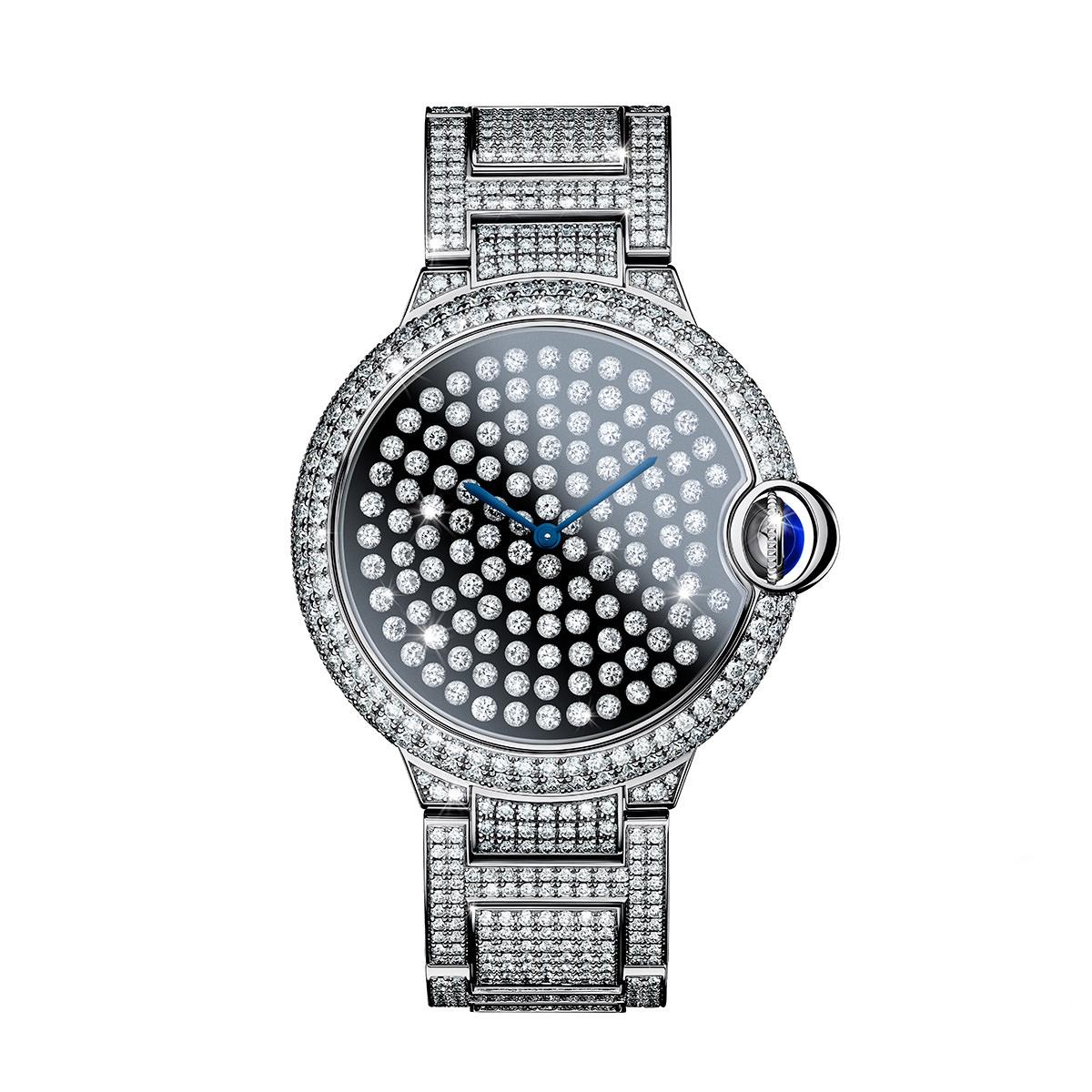 Das Kronjuwel der Ballon Bleu Kollektion von Cartier: Die Ballon Bleu Serti Vibrant ist mit 1.195 teils beweglichen Diamanten gefasst und kommt auf etwa 12,2 Karat. Preis: rund 250.000 Euro. Limitiert auf 20 Exemplare.