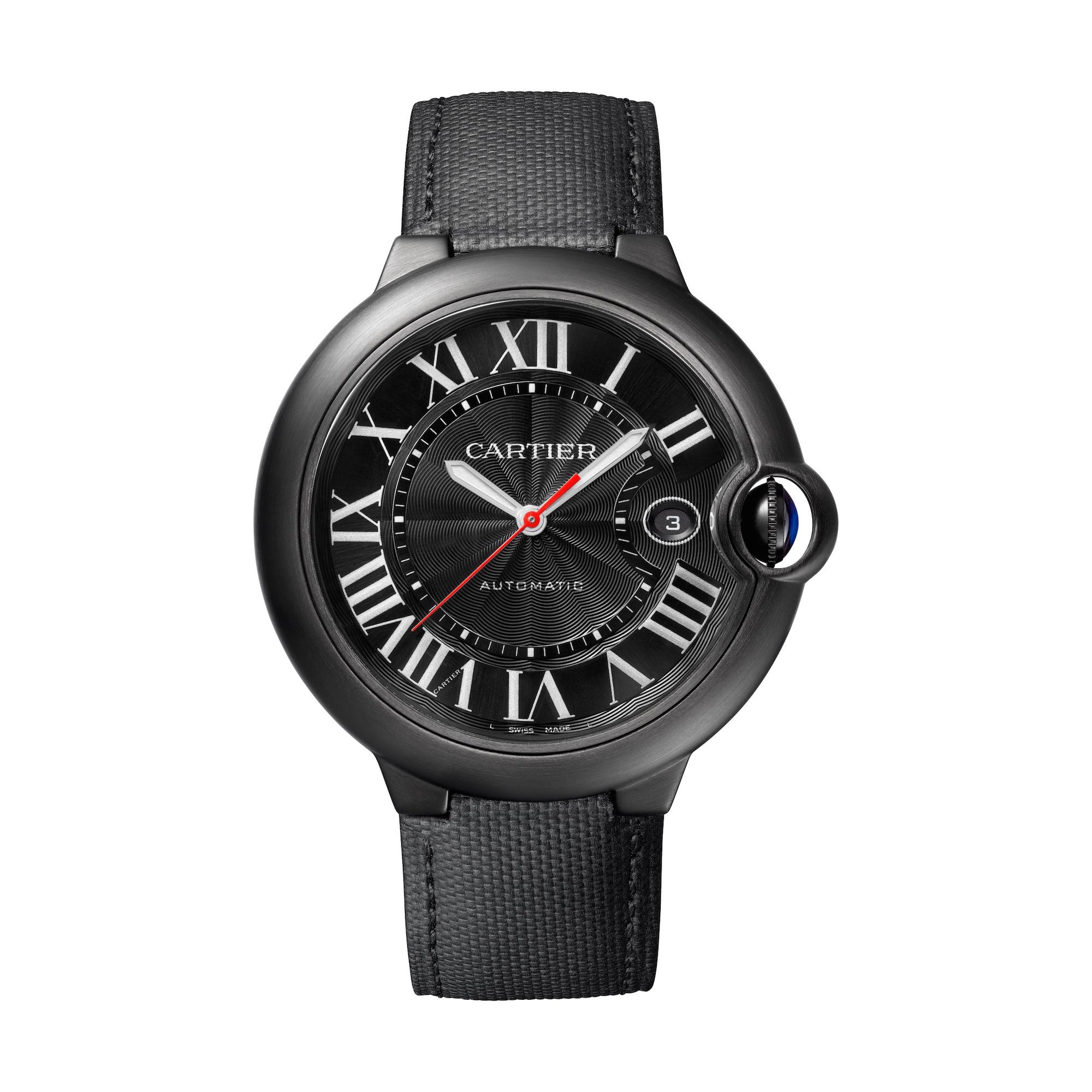 Vorgestellt auf dem Genfer Uhrensalon 2016: Die Ballon Bleu de Cartier Black Icon mit schwarzer ADLC Beschichtung. Preis: ca. 6350 Euro.