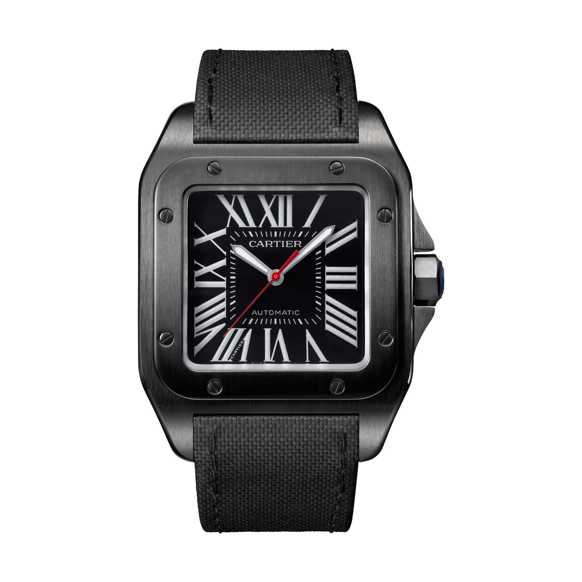 Die Santos 100 aus der Black Icons Serie von Cartier wurde auf dem SIHH 2016 vorgestellt. Preis: ca. 7.300 Euro