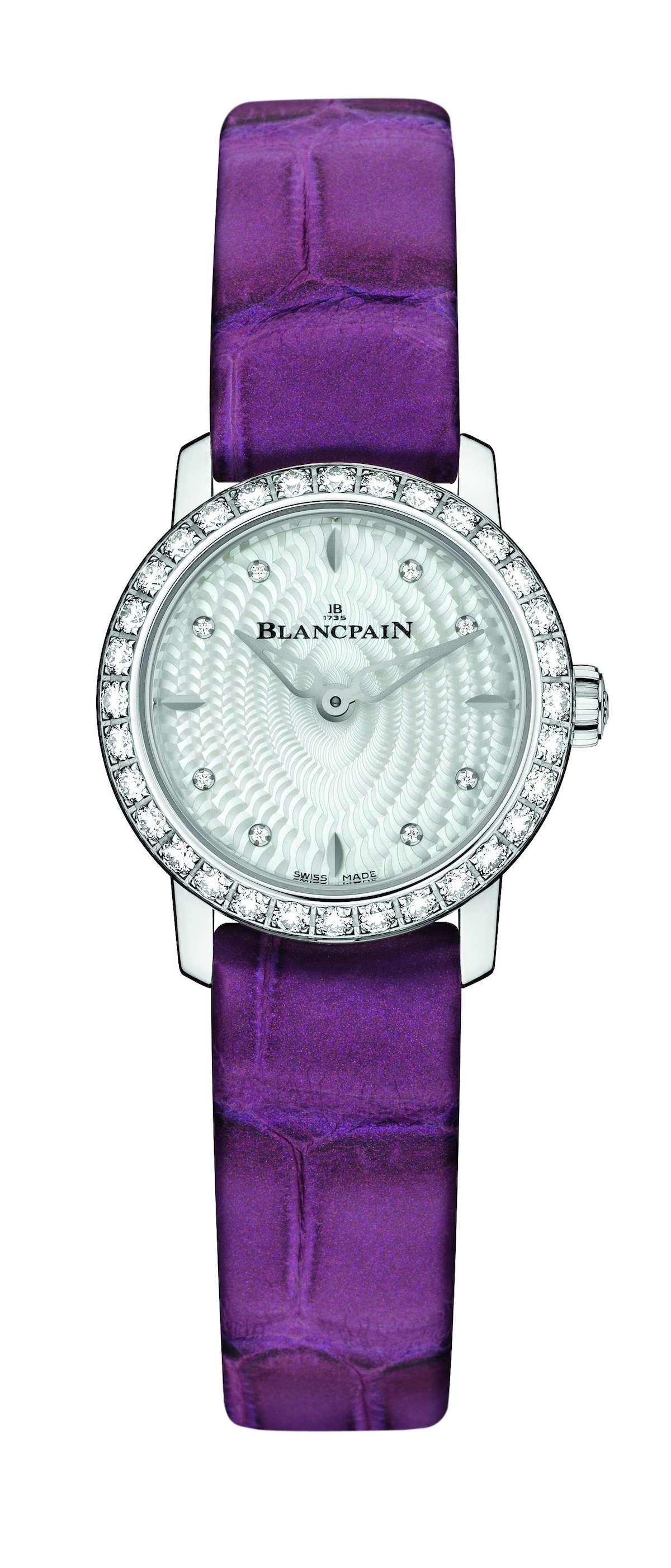 Blancpain_women_ladybird_velvet
