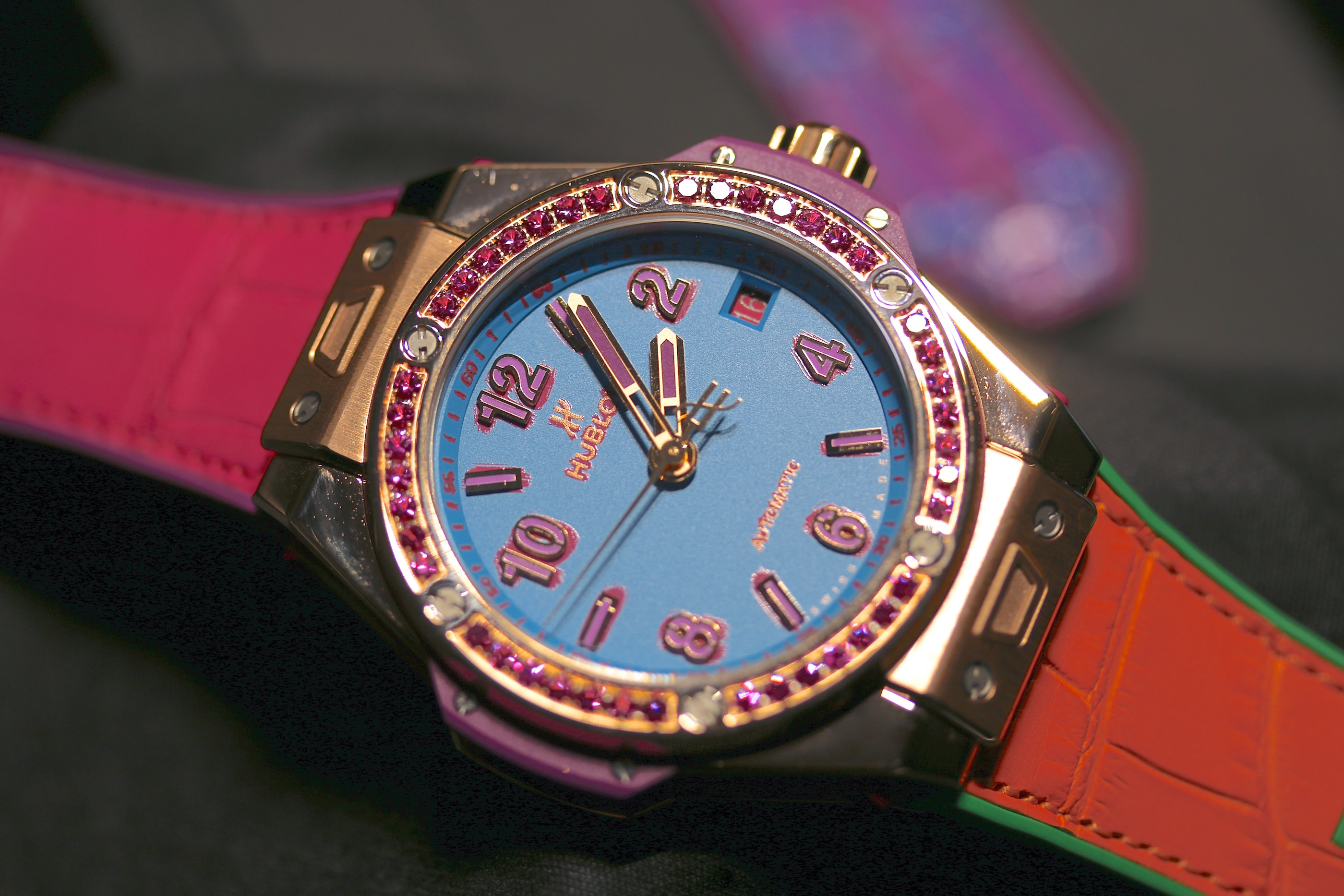 Die Hublot Big Bang Pop Art One Click