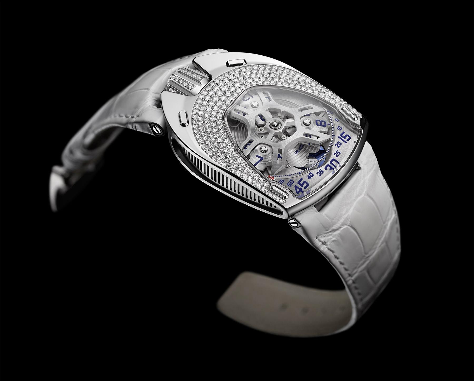 Die UR-106 White Diamonds aus Stahl und Titan mit weißen Diamanten war die zweite in der Reihe.