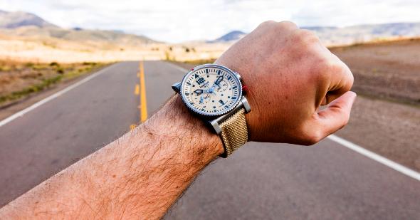 Primus Desert Pilot: robuste Sportlichkeit, inspiriert von den Farben der Wüste, um 2.600 Euro