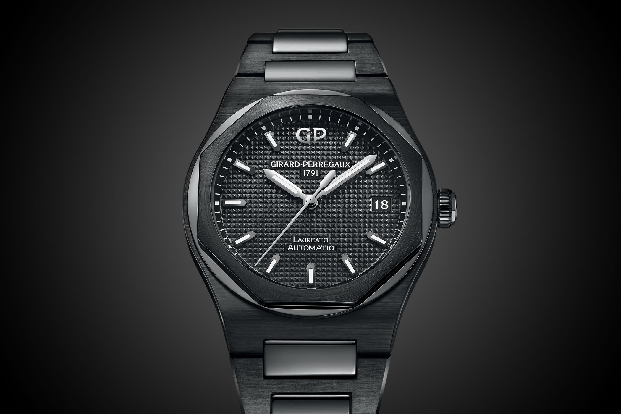 Girard-Perregaux Laureato 42mm Ceramic Black