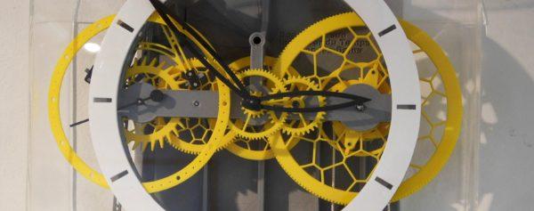 Introducing – The 3D-Printed Pendulum Clock From Ingénieur du Temps