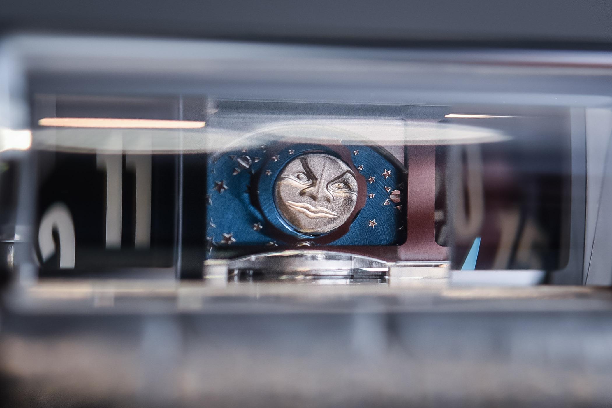 MB&F MoonMachine 2 Sarpaneva HM8 - SIHH 2018 review