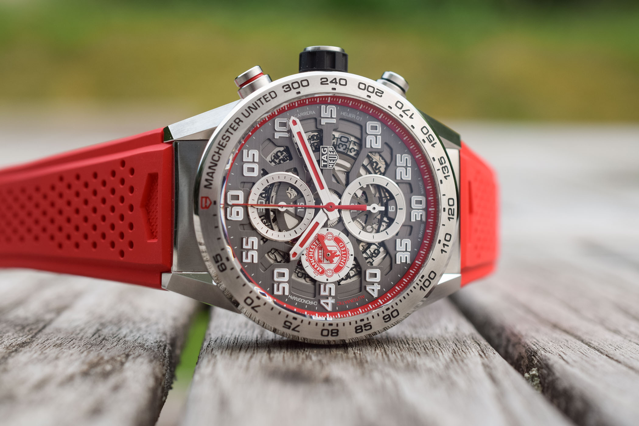 TAG Heuer Carrera Heuer 01 Manchester United Special Edition