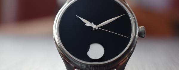 Review – H. Moser & Cie. Endeavour Perpetual Moon Concept VantaBlack – The Black-Out Effect
