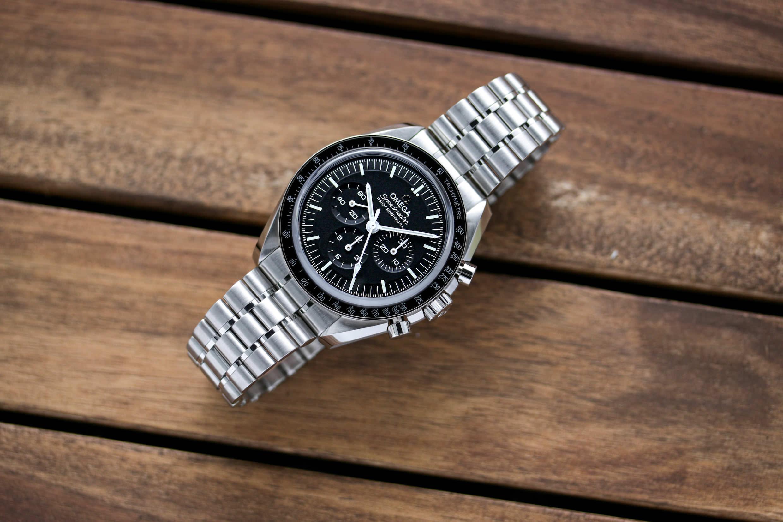 Die neue Moonwatch mit Saphirglas