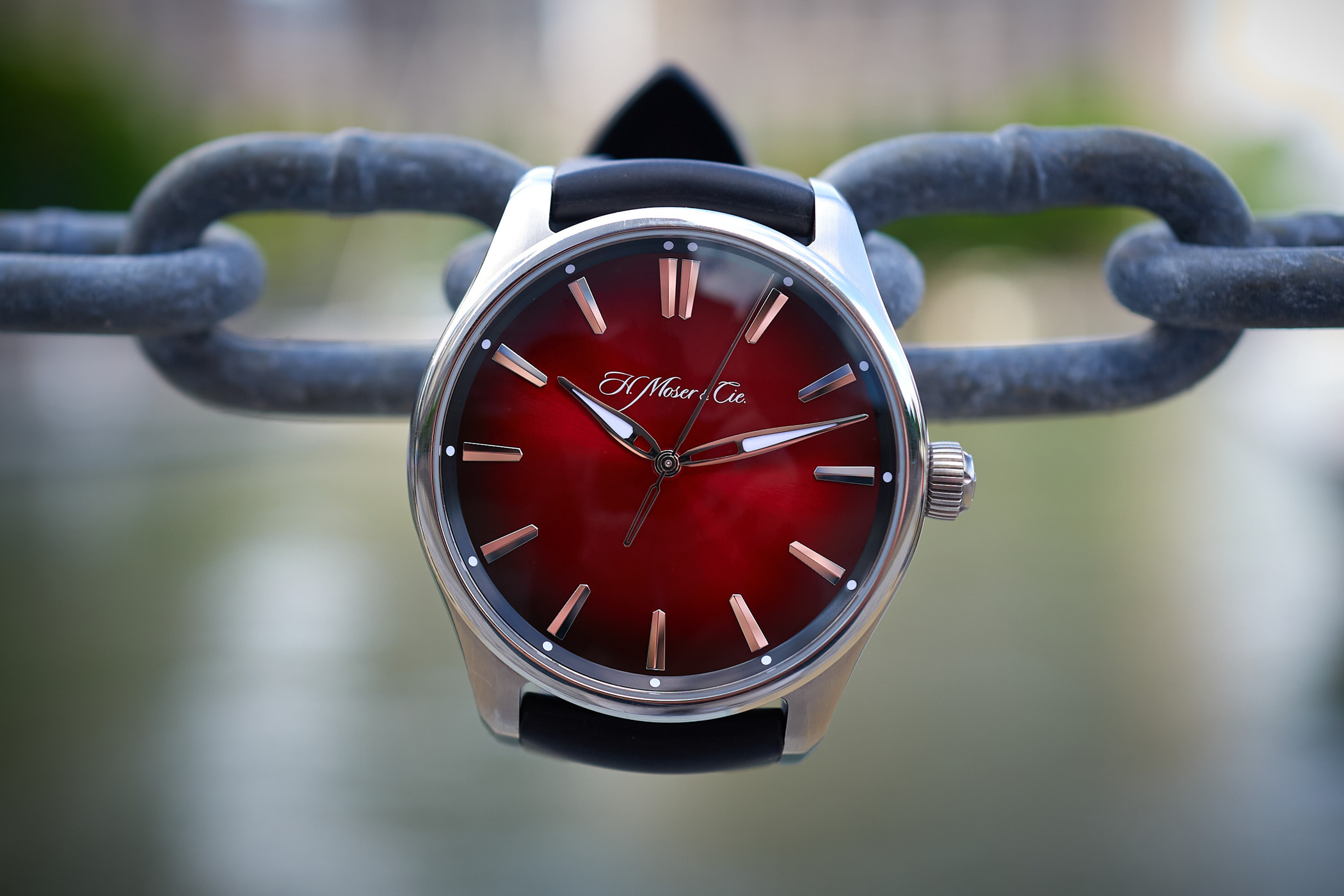 Field test review H. Moser & Cie. Pioneer Centre Seconds Swiss Mad Red