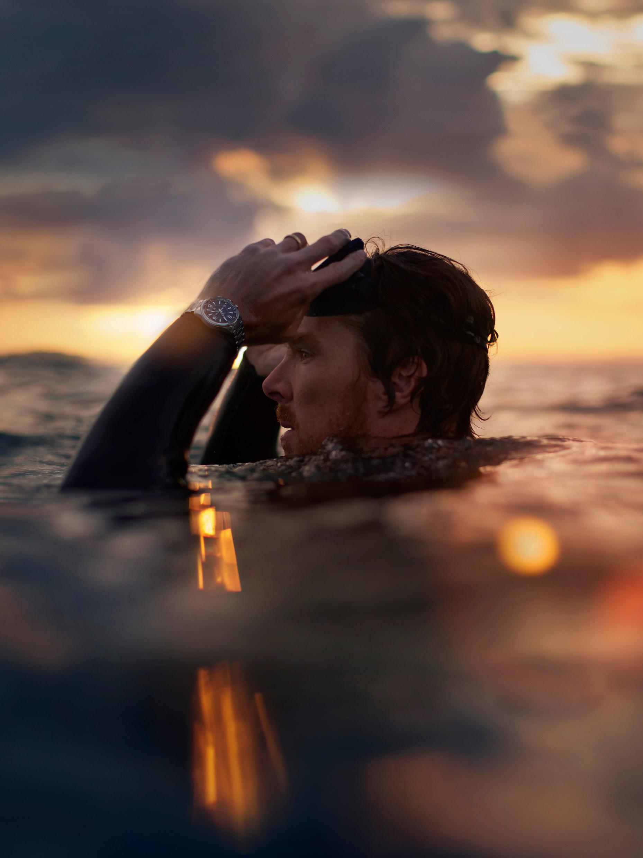 Benedict Cumberbatch mit der Jaeger-LeCoultre Polaris Mariner Memovox