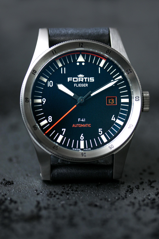 Die Fortis Flieger F-41 in Midnight Blue